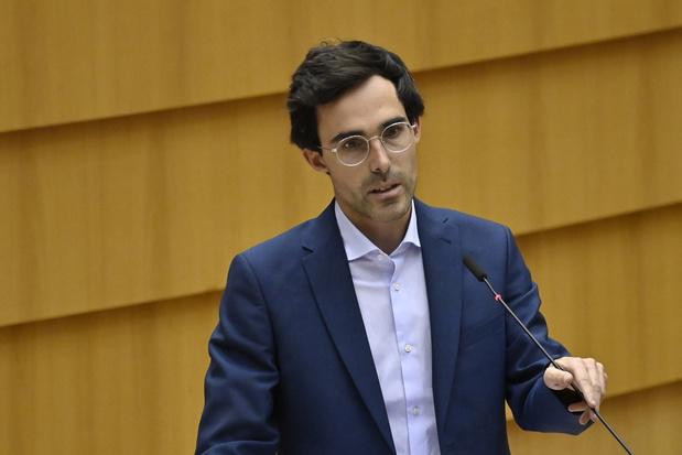 Kristof Calvo blijft in het parlement: 'Mijn minister-ambitie leek een doel op zich'