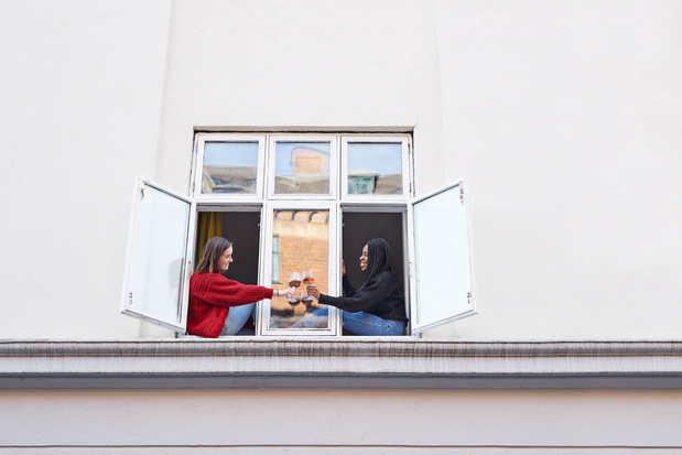 De kracht van vriendschap: coronamoeheid herstelt snel na sociaal contact