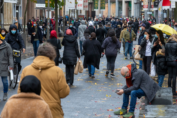 Coronacrisis: Verenigd Koninkrijk besmet gezonde vrijwilligers met corona