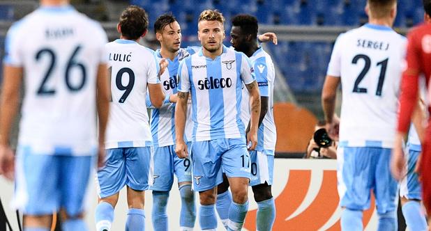 UEFA opent onderzoek naar racistische Lazio-supporters