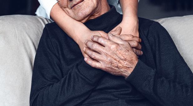 Covid-19: een met dementie samenhangend allel verhoogt het risico op een ernstige ziekte
