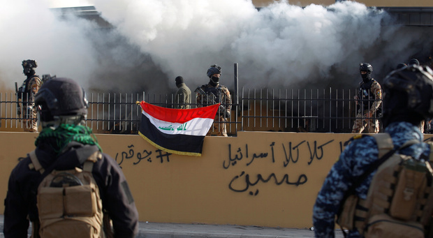 La Zone verte et une base abritant des soldats américains visées quasi-simultanément en Irak