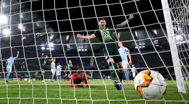 Dendoncker prend une large option avec les Wolves, court succès pour Casteels et Wolfsburg