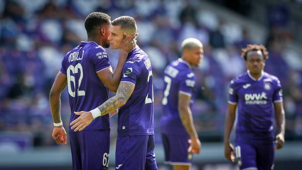 Revue de presse: un joueur d'Anderlecht veut partir, Amallah récompensé