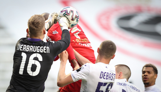 Battu par l'Antwerp, Anderlecht termine 4e, tandis que Genk reste invaincu en playoffs