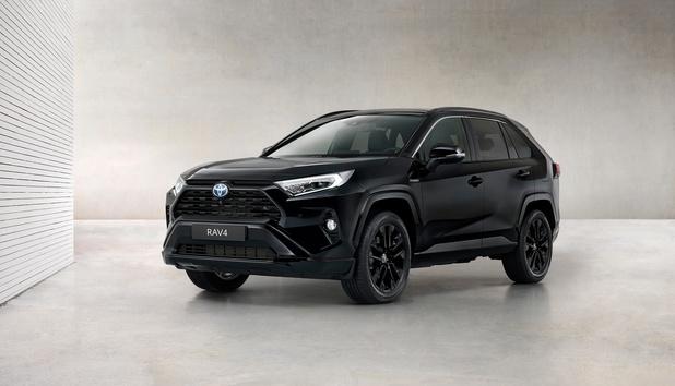Toyota Rav4 Hybride Black Edition, une image moins sage