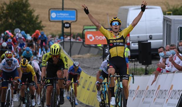 Wout van Aert blijft winnen: door zege in Dauphiné gaat hij Eddy Merckx achterna