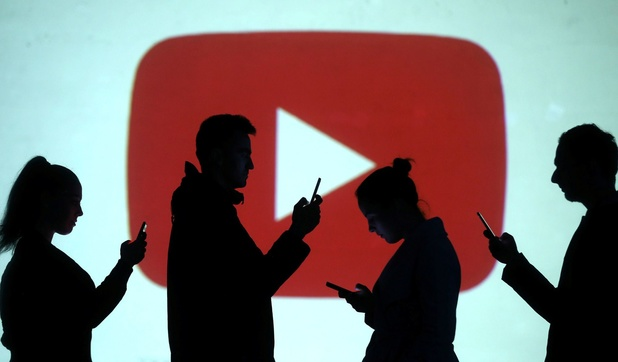 """YouTube dans la tourmente: """"Nous devons prendre nos responsabilités très au sérieux"""""""