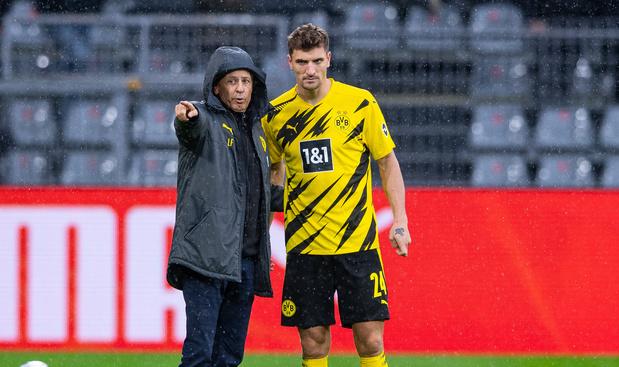 La défense de Dortmund inquiète Lucien Favre