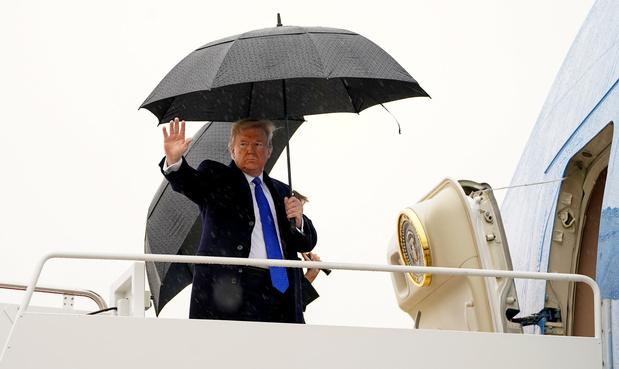 Destitution: Trump s'envole pour l'Europe avant de nouvelles auditions