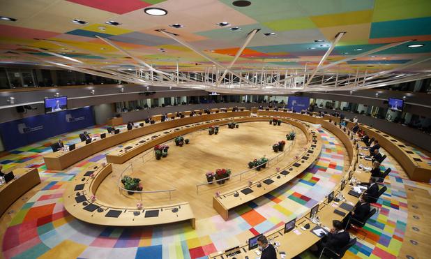 Les eurodéputés appellent à garantir le droit des femmes à l'avortement