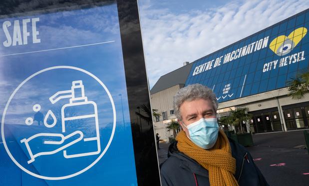 Le centre de vaccination du Heysel déjà fermé, mais il rouvrira jeudi