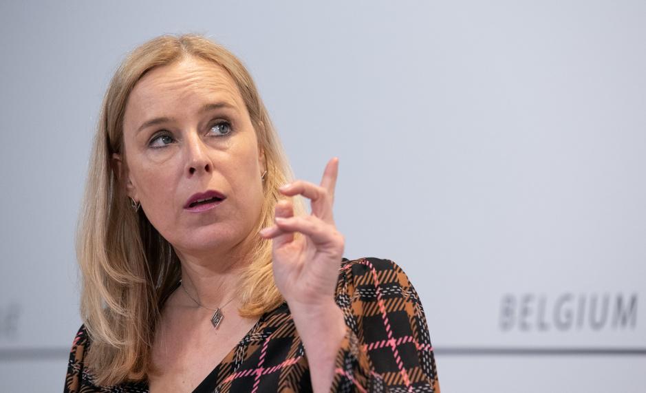 Eva De Bleeker (Open VLD): 'Ik hoop dat de PS-ministers ook wakker liggen van de begroting, anders zal ik ze wakker schudden'
