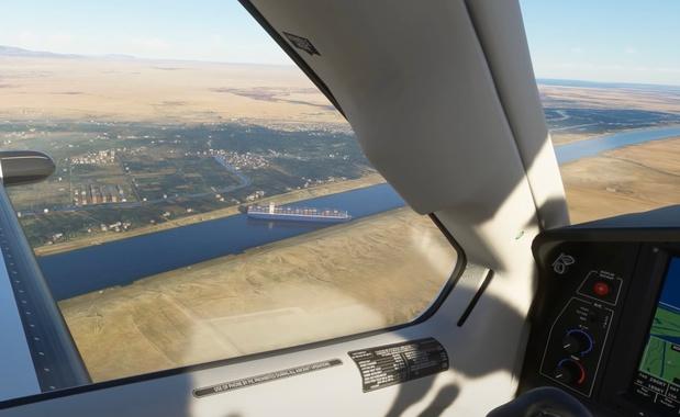 Fan blokkeert Suezkanaal ook in Flight Simulator (update: de échte boot is los)