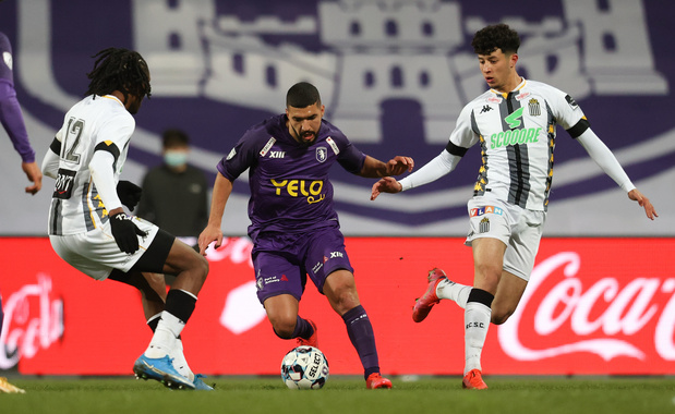 Charleroi s'incline au Beerschot (2-1)