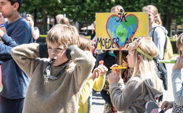 Un concert de sifflets contre la politique climatique belge