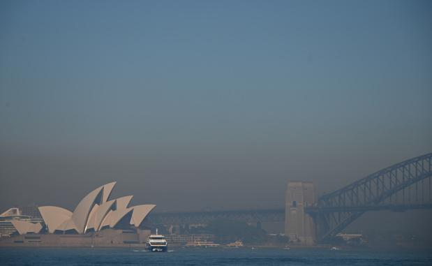 Incendies en Australie: Sydney enveloppée dans un brouillard toxique (en images)