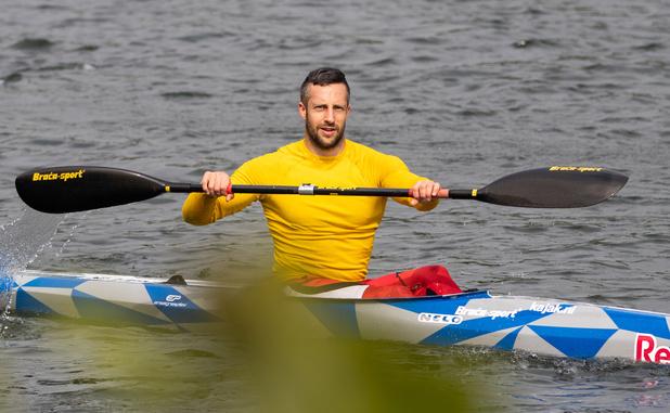 """Un champion du monde de kayak wallon de retour sur la Meuse: """"ça devenait long"""""""