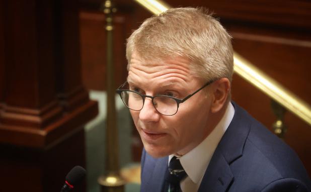 Affaire Chodiev/Gilkinet: le milliardaire obtient un euro symbolique...