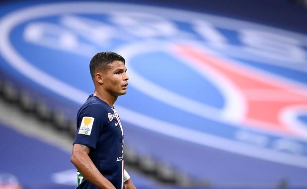 "Le PSG dit ""merci"" à Thiago Silva, attendu à Chelsea"