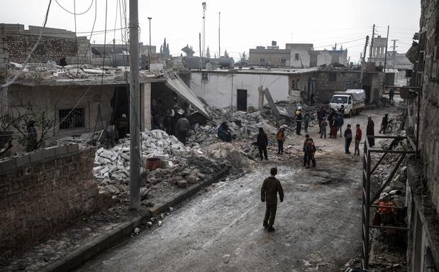 """Syrie: l'ONU dénonce """"l'indifférence"""" face aux frappes aériennes"""