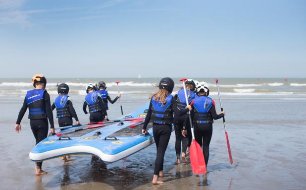 Surfin' Koksijde: badstad pakt uit met grootste Belgische watersportzone