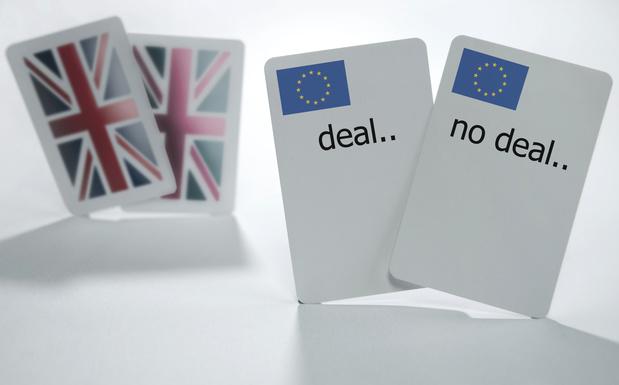 """Johnson exige un """"changement fondamental"""" de l'UE pour continuer à discuter du post-Brexit"""