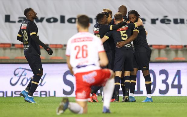 L'Antwerp se qualifie pour les playoffs 1, Mouscron jouera sa survie dimanche