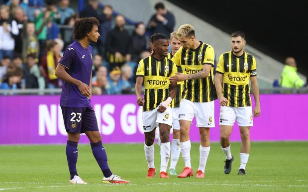 Anderlecht s'incline aux Pays-Bas et dit au revoir à l'Europe