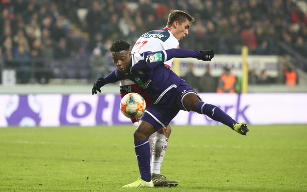 Courtrai brise une série de quatre défaites consécutives en tenant tête à Anderlecht