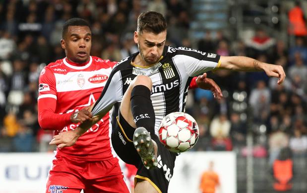 Charleroi bat et dépasse Mouscron pour se hisser provisoirement à la cinquième place