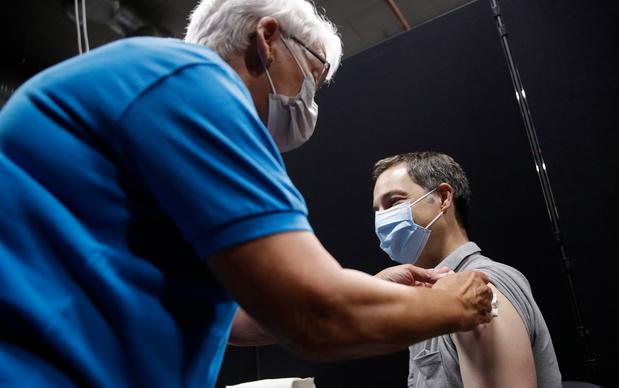 Johnson & Johnson moet miljoenen vaccins vernietigen
