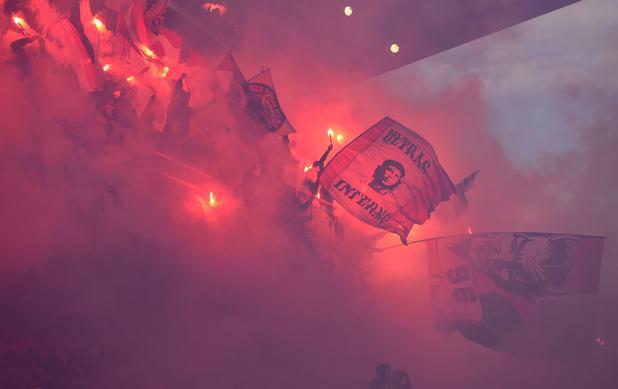 Trente-sept supporters du Standard interdits de stade par la police allemande: les raisons