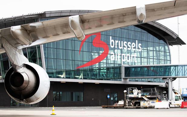 """""""J'ai l'impression qu'on va tous à l'abattoir"""": un employé à Brussels Airport brise le silence"""