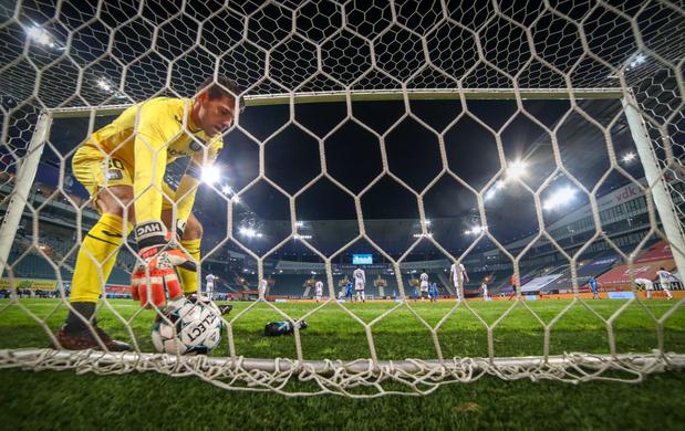 Revue de presse: un contrat revalorisé à Anderlecht, un joueur du Standard n'ira pas en équipe nationale