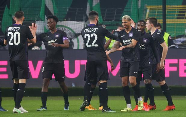 Coupe: Anderlecht en 1/2 finale, le Standard joue son avenir européen