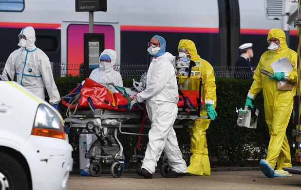 Coronavirus en France: 541 décès de plus en 24 heures, le confinement prolongé au-delà du 15 avril