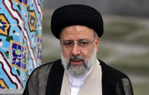 Iran: la presse conservatrice loue Raïssi, désormais attendu sur ses actes