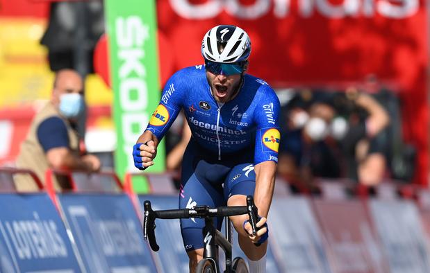 Vuelta: Sénéchal wint machtsprint