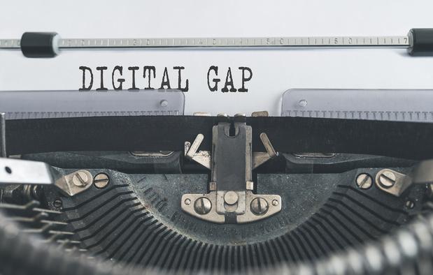 Dermagne et Febelfin travaillent à réduire la fracture numérique
