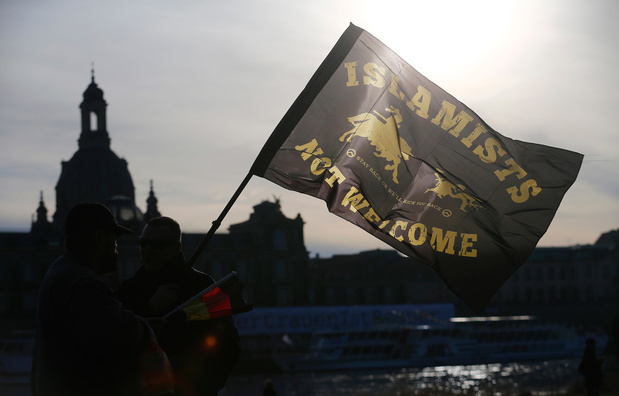 Duitse politie doet huiszoekingen bij extreemrechtse terreurgroep