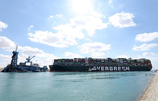 L'incertitude sur le déblocage du canal de Suez affecte le fret maritime