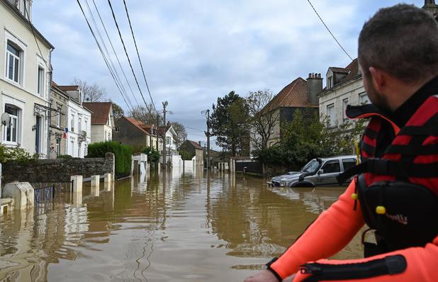 """""""L'eau est montée très haut, très vite"""": le Pas-de-Calais surpris par des crues soudaines"""