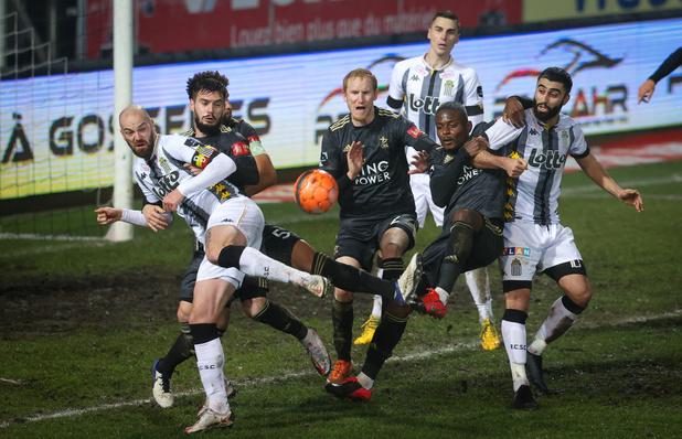 Charleroi prend son premier point de l'année face à OHL
