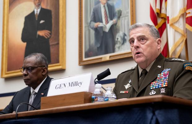 Les offensives des talibans ne remettent pas en cause le retrait américain d'Afghanistan