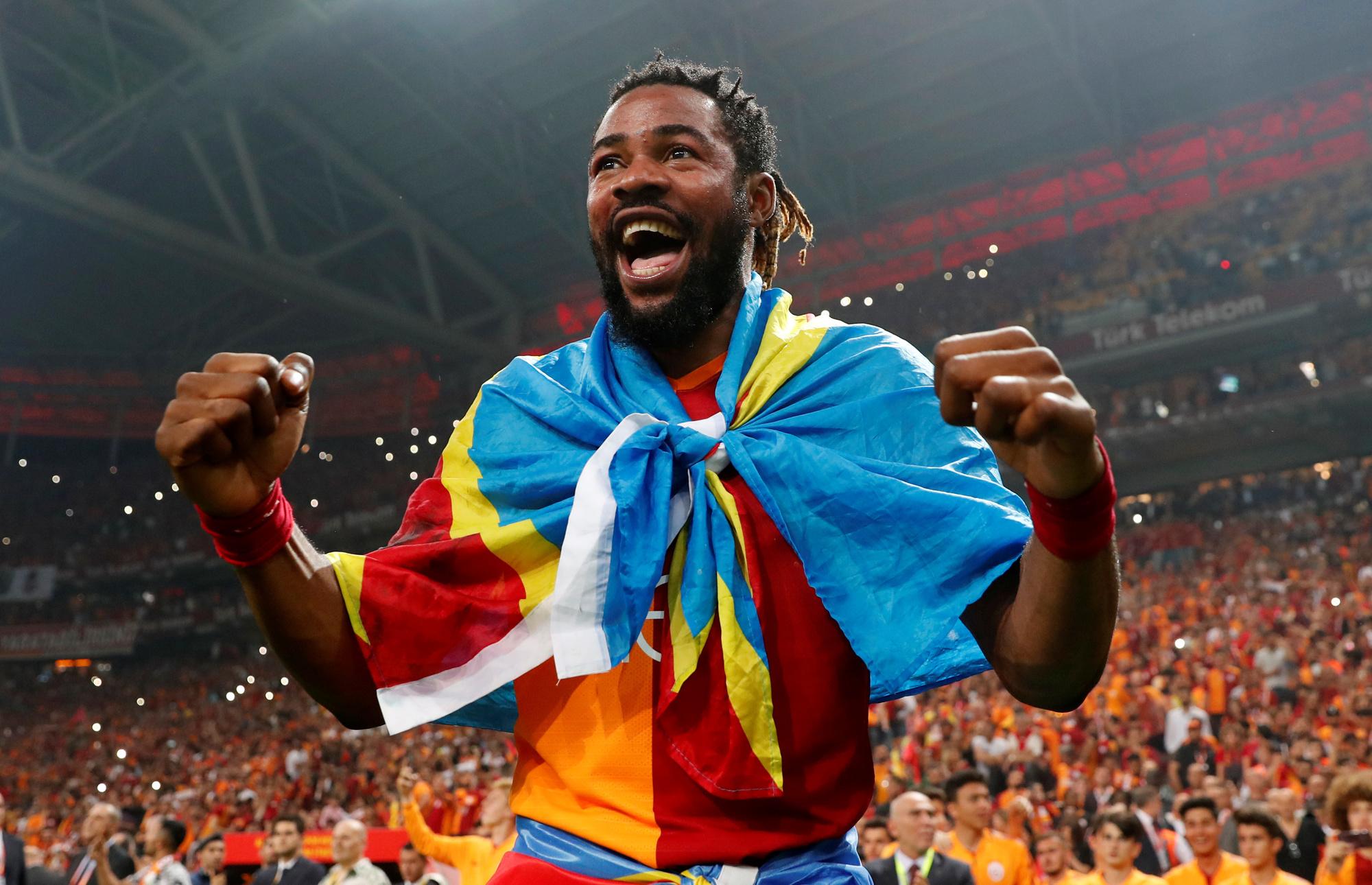 Luyindama signe pour trois ans à Galatasaray - Foot international -  Sportmagazine