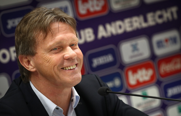 """Vercauteren: """"Il n'y a qu'une seule vision à Anderlecht"""" (vidéo)"""