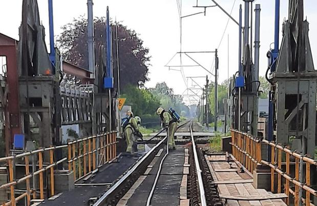 Brandje tussen de sporen in Veurne