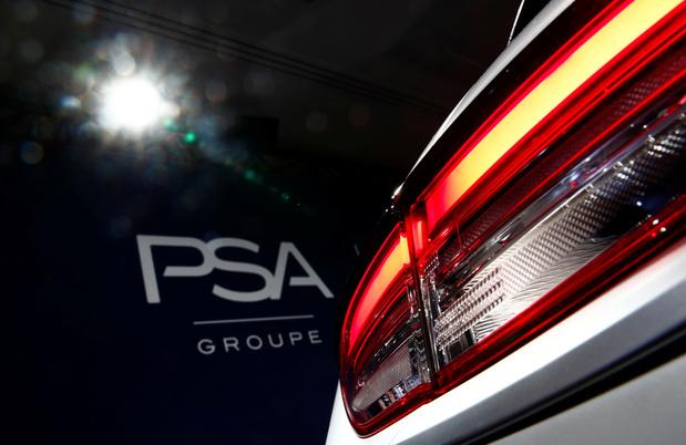 """Rapprochement avec Fiat Chrysler: PSA confirme à son tour """"des discussions"""" pour créer un géant mondial"""