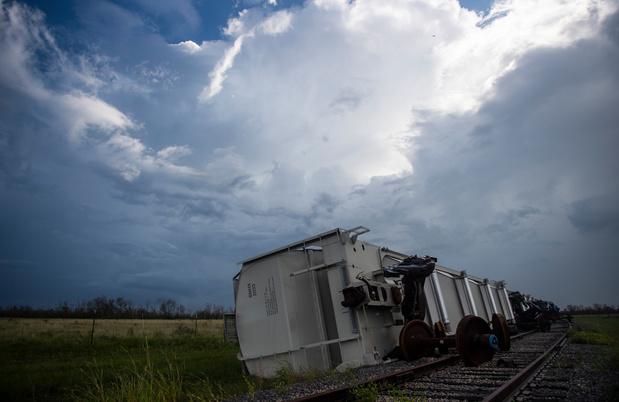 L'ouragan Laura fait 14 morts aux Etats-Unis